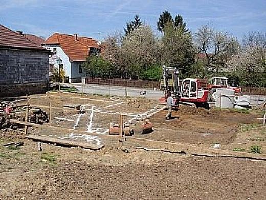 Kanal und Wasserleitung